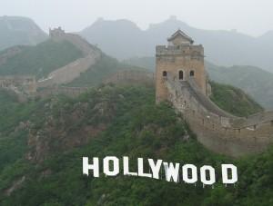 Hollywood in China – Viele Filmproduzenten hoffen auf die Gunst des chinesischen Publikums. © Pixar via Wikimedia Commons, Fotomontage © Melanie Adamietz
