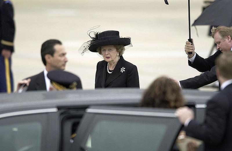 Margaret Thatcher bei der Beerdigung R.Reagans 2004. @ Wikimedia Commons