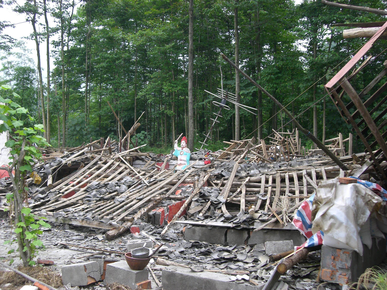 Auch zahlreiche Tempel wurden zerstört. © Viviane Lucia Fluck