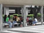800px-Statue_Square_Filipina
