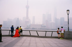 Ein Date am Shanghaier Bund. Foto: jijis via Flickr.