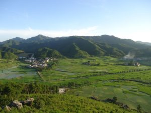 Felder in der Provinz Jiangxi. Foto: The New Citizen of China via Wikipedia.