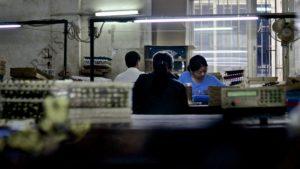 ArbeiterInnen in China, ©: Kurtis Lee, veröffentlicht von Asia Monitor Resource Centre (AMRC), http://tinyurl.com/kqmaetm